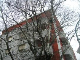 Casa De Mattio, Piazza Adriano, 1